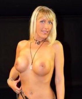 Lana Vegas VR Pornstar