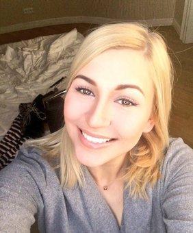 Tracy Delicious VR Pornstar